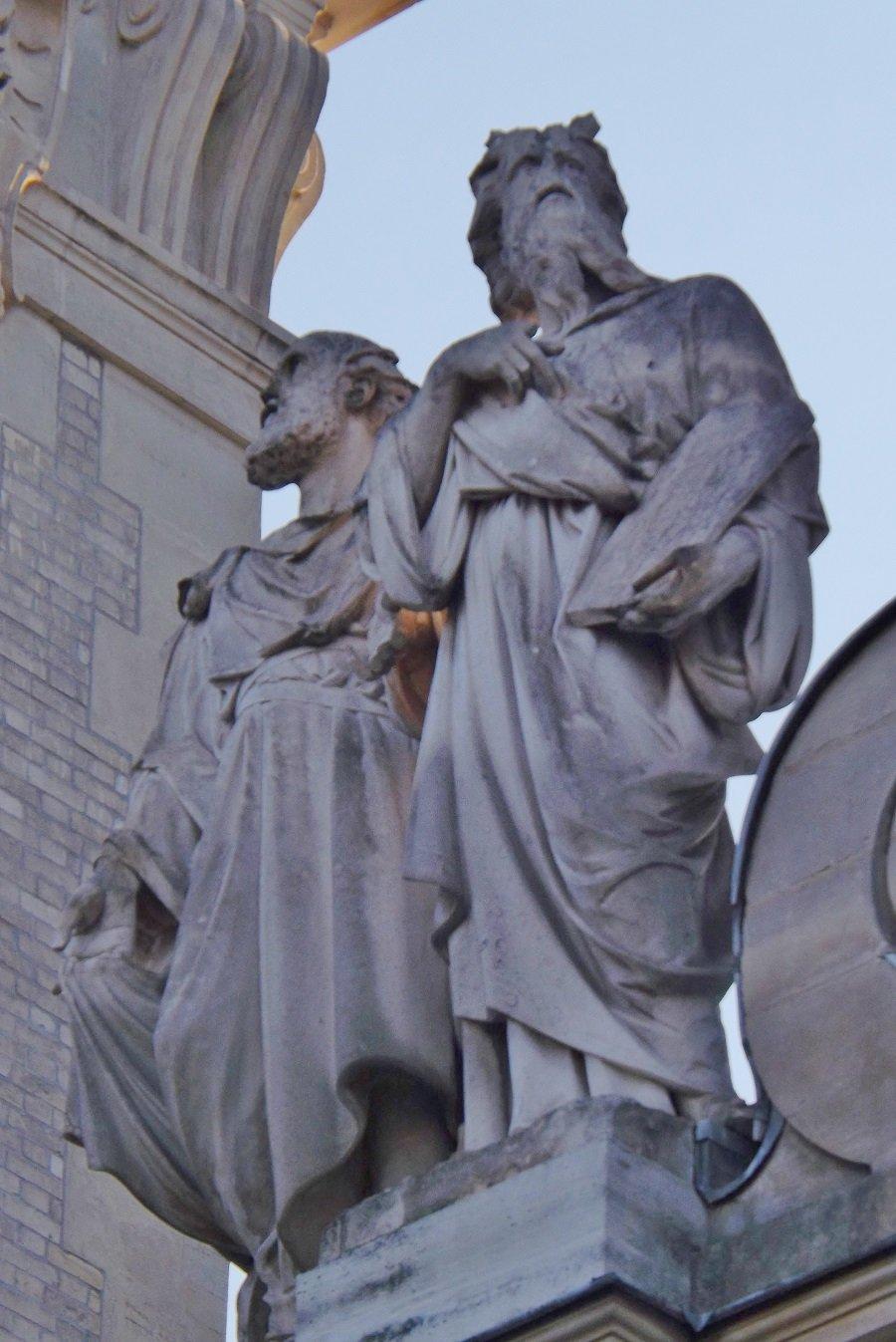 statues chapelle sorbonne2